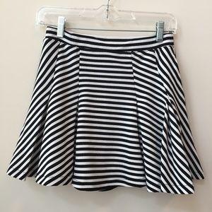 Jessica Simpson Black & White Skater Skirt